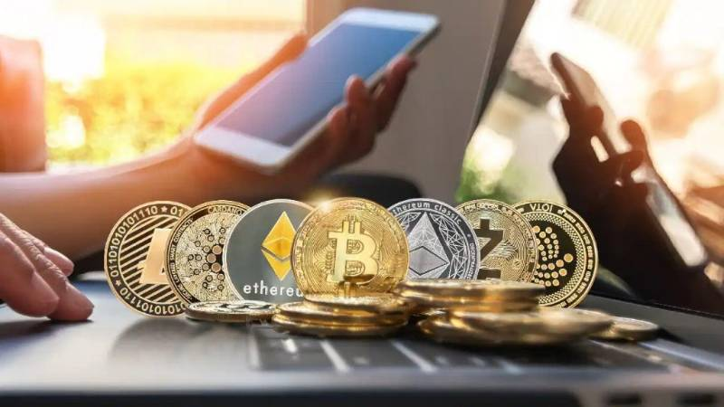 How to Invest in Altcoins